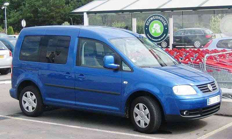 vw_caddy_04-10_1