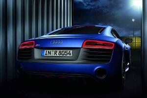 2013-Audi-R8-47