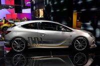 Opel-Astra-OPC-Extreme-2
