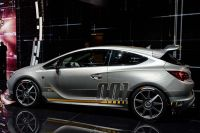 Opel-Astra-OPC-Extreme-3