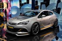 Opel-Astra-OPC-Extreme-4