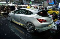 Opel-Astra-OPC-Extreme-7