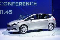 ford-smax002