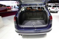 vw-Golf-Alltrack-4