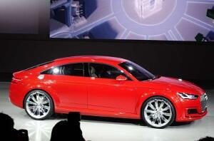Audi-Sportback-TT001