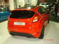 ford-fiesta-red-black-edition-2
