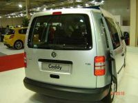 vw-caddy-06