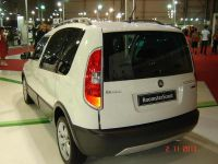 skoda-roomster-scout-2
