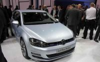 vw-golf-vii-bluemotion-paris-2012-01