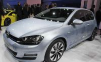 vw-golf-vii-bluemotion-paris-2012-03