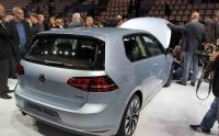 vw-golf-vii-bluemotion-paris-2012-05