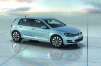 vw-golf-vii-bluemotion-paris-2012-17