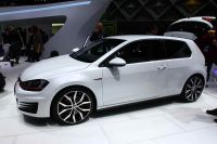 vw-golf-gti-vii-paris-2012-0047