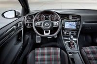 vw-golf-gti-vii-official-3