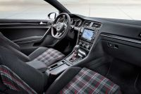 vw-golf-gti-vii-official-4