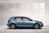 vw-golf-vii-official-03