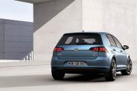 vw-golf-vii-official-07