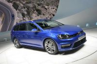 VW-Golf-Variant-103