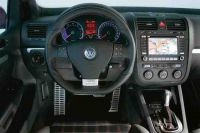 VW-GOLF-GTI-EDITION-30-08