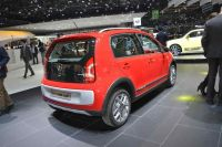 volkswagen-cross-up-2