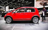 volkswagen-cross-up-4